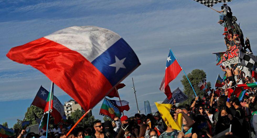 El gobierno del presidente Sebastián Piñera ya había recortado en octubre su estimación de crecimiento a un 2,6% en 2019. (Foto: Reuters)