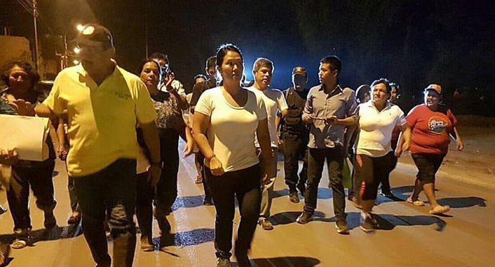 Keiko Fujimori entregó ayuda a damnificados en Puente Piedra - 1