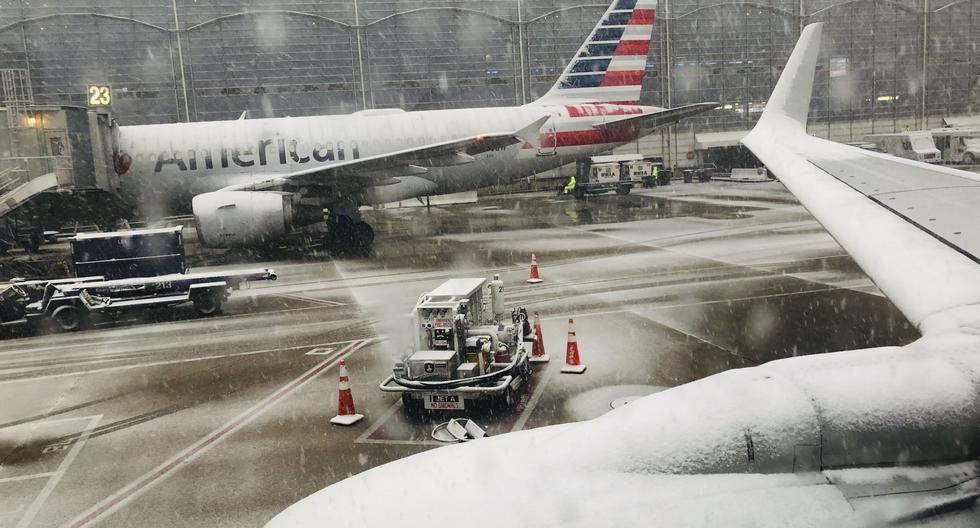 Más de 4.000 vuelos retrasados y 3.000 cancelados por una tormenta en Estados Unidos. Foto: AFP