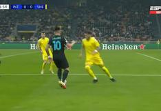 El feroz quite limpio de Dulanto a Lautaro Martínez por la Champions League | VIDEO
