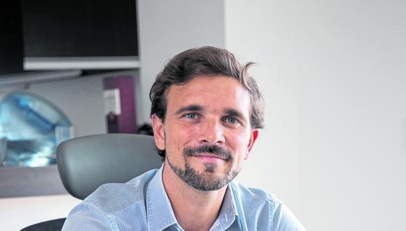 AFD comenzará su trabajo en el sector salud a través de donaciones, nos precisa Laurent Pacoud, director de la entidad en nuestro país. [FOTOS: EDUARDO CAVERO].
