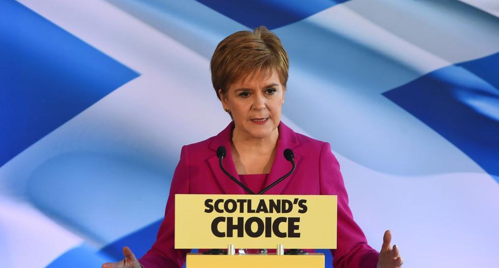 La líder del Partido Nacional de Escocia (SNP) y primera ministra de Escocia, Nicola Sturgeon, habla en Edimburgo el pasado 13 de diciembre de 2019. (AFP)