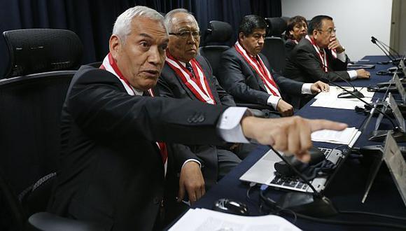 Vladimir Paz de la Barra presentó su carta de renuncia al CNM