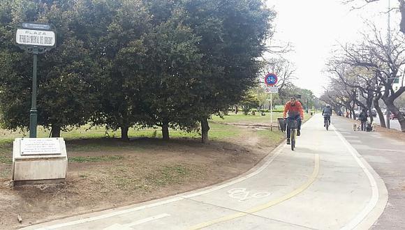 """""""Ciclovías de Buenos Aires en Lima"""", por Herbert Holguín"""