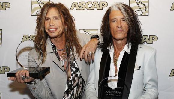 Joe Perry, guitarrista de Aerosmith, hospitalizado tras caída