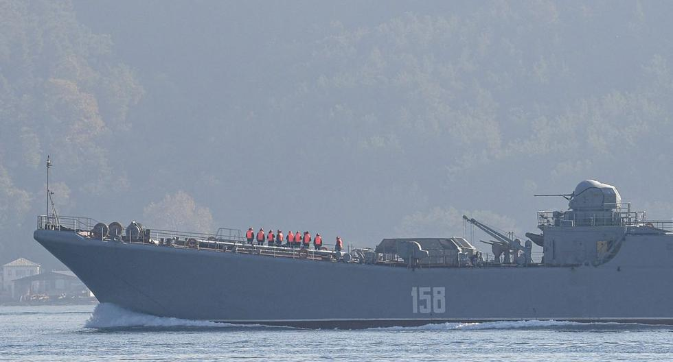 Russia sends 15 ships to the Black Sea amid tensions with the United States over Ukraine