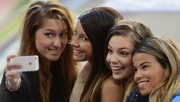 Los selfies impulsan la venta de productos cosméticos