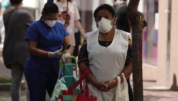 Munayco indicó que si bien los contagios han descendido en Lima, la cantidad de fallecidos sigue siendo alta (Foto: GEC)