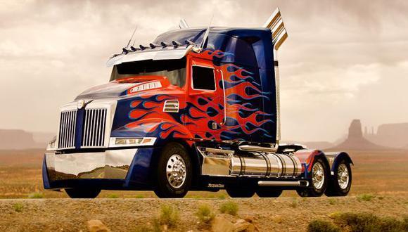 Optimus Prime hará servicio de taxi