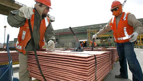 Pese a crecer en noviembre, la producción de cobre cayó en el acumulado. (Foto: AFP)