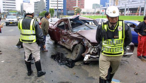 Dos policías murieron en un accidente de tránsito