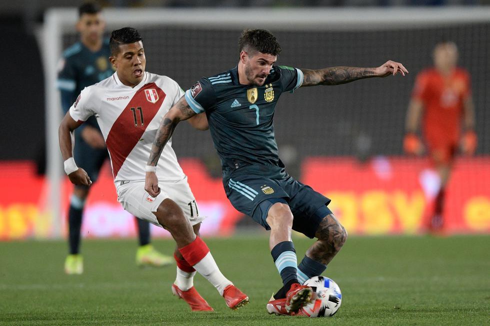La selección peruana enfrentó a Argentina por las Eliminatorias Qatar 2022 en el Estadio Monumental de River Plate   Foto: AP/AFP/Reuters