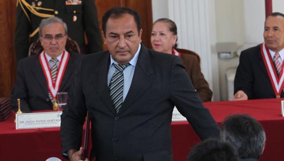 """Gerardo Viñas: """"Ruego que mi hija postule a la región Tumbes"""""""