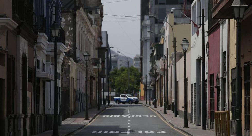 Día 25 de cuarentena, inmovilización total en jueves Santo por diferentes calles del centro de Lima. (Foto: Francisco Neyra/GEC)