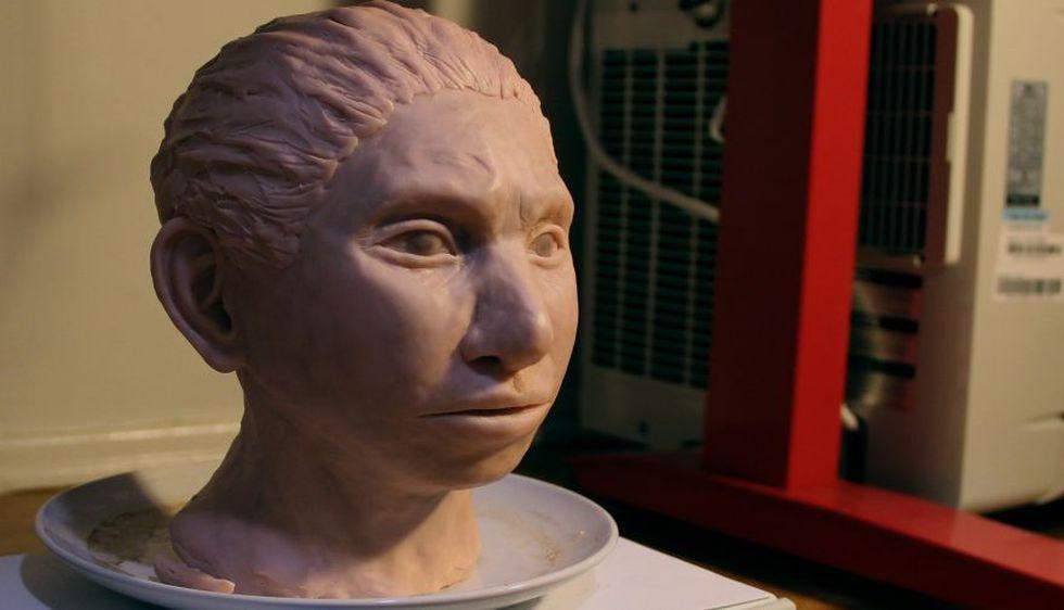 Reconstrucción impresa en 3D de cómo podría haber sido una cabeza femenina de los antiguos denisovanos. (Foto: EFE)