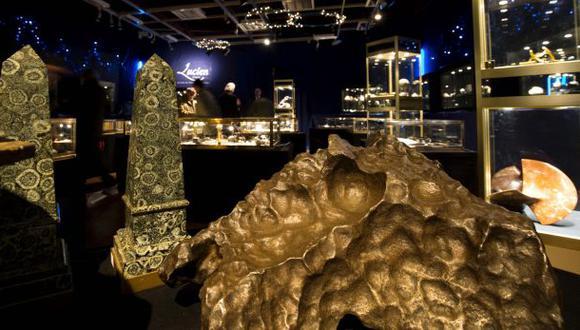 Subastan en París meteoritos con precios desde los US$ 2.100