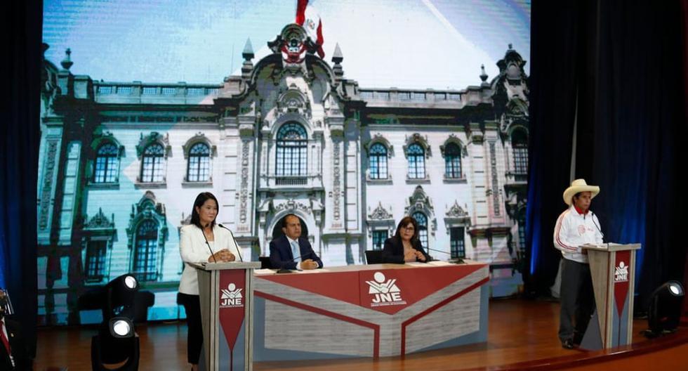 Los candidatos presidenciales Keiko Fujimori y Pedro Castillo protagonizaron el debate del JNE que se realizó en Arequipa. (Foto: Hugo Pérez / @photo.gec)