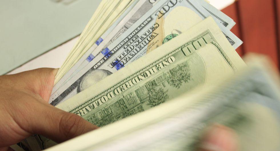 El dólar se acerca a la zona de no intervención estipulada por el banco central argentino. (Foto: GEC)
