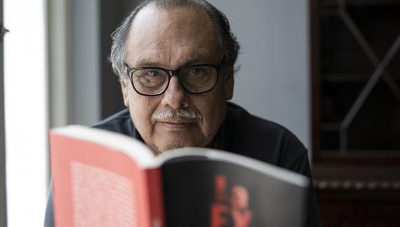 """Ricardo Uceda conversó con El Comercio sobre su último libro, """"La extorsión"""". (Foto: Anthony Niño de Guzmán / GEC)"""