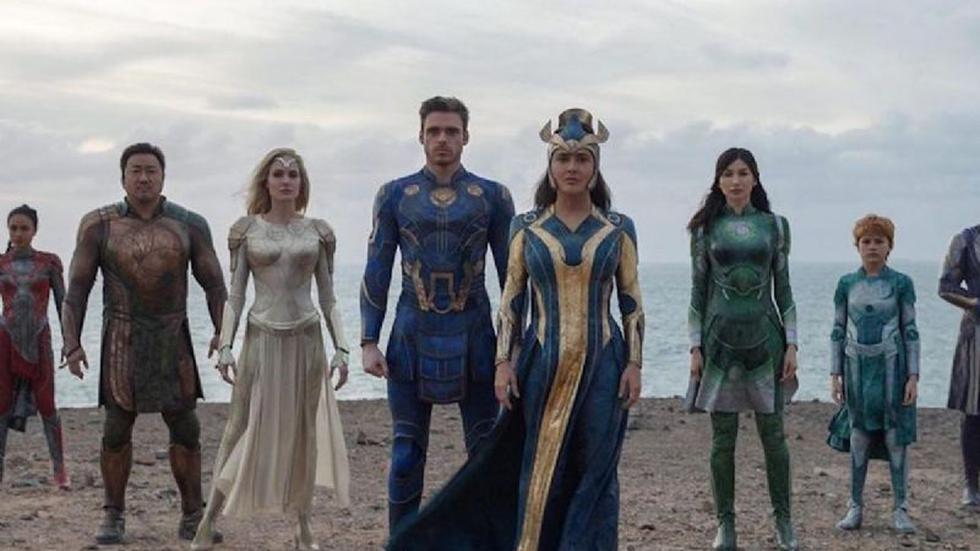 """A pocos meses del estreno de """"Eternals"""", Marvel Studios acaba de lanzar el nuevo tráiler de la cinta que cuenta con un extenso elenco lleno de estrellas que incluyen a Angelina Jolie, Kit Harington y Salma Hayek, """"Eternals"""" es la siguiente esperanza de un 'blockbuster' por el monolítico Marvel Studios, autor de la rompedora de récords """"Avengers: Endgame"""". El filme se estrenará en noviembre del 2021, aunque inicialmente estaba programada para noviembre del 2020. (Foto: Marvel)"""