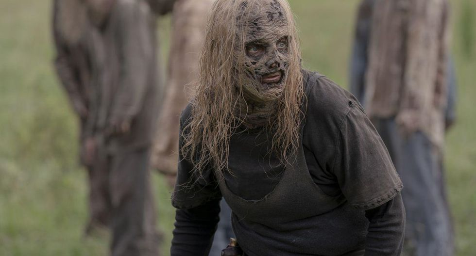 "En ""The Walking Dead"" 10x02 se revela el lado más humano de Alpha (Samantha Morton). Foto: AMC/ Fox."