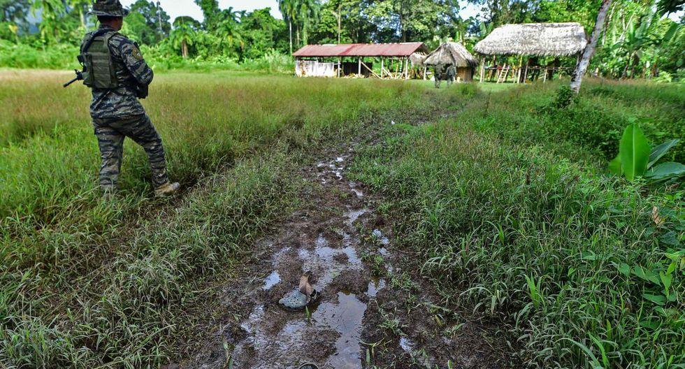 """""""Nadie puede dormir"""" en la comunidad indígena de Panamá tras masacre hecha por secta. (Foto: AFP)"""