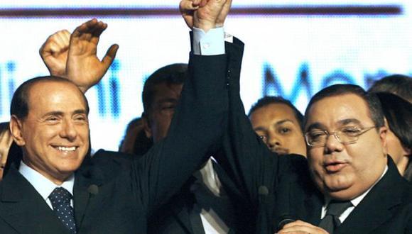 Berlusconi fue condenado a tres años de cárcel por corrupción