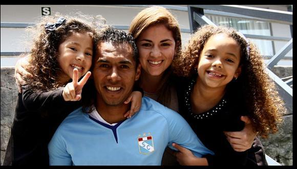 Otro golazo de Carlos Lobatón: nació su tercera hija