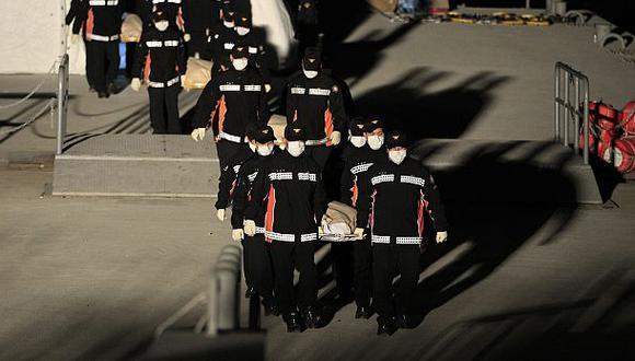 Corea del Sur: Ya son 104 los muertos por hundimiento de ferry