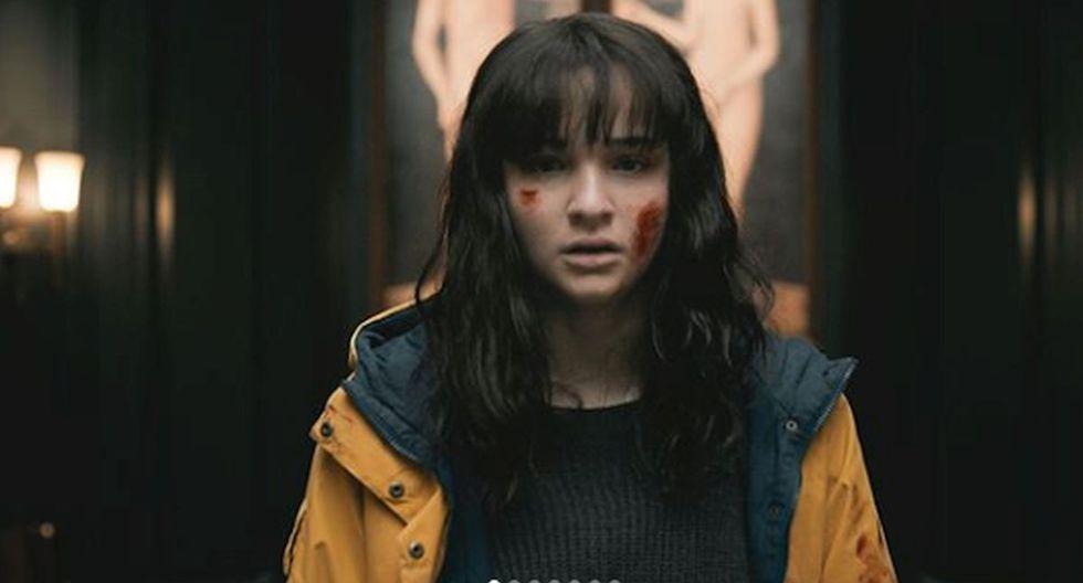 Martha aparece con el impermeable de Jonas en el tráiler de la tercera temporada y esto podría anunciar que serían el mismo personaje en universos paralelos (Foto: Netflix)