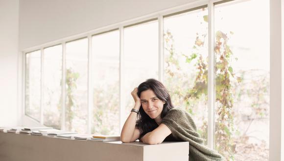 """Julieta Escardó: """"El libro reivindica la narración fotográfica"""""""