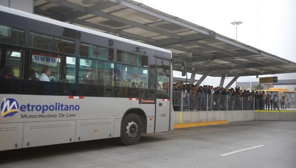 El Metropolitano detalló que se cerrarán las estaciones del Cercado de Lima y las unidades de la ruta A se desplazarán por la avenida Alfonso Ugarte. (Foto: El Comercio)