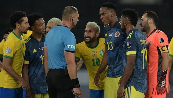 Colombia pidió la suspensión de Néstor Pitana tras polémico arbitraje ante Brasil. (Foto: AFP)