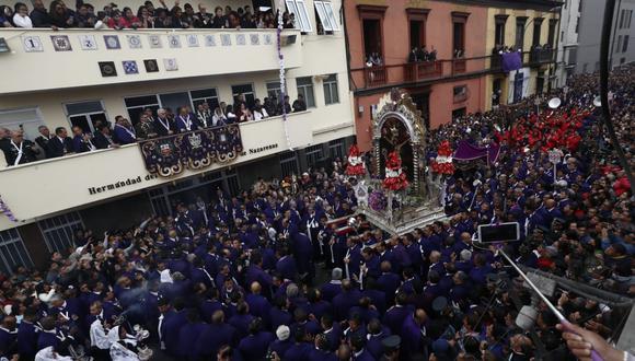 Primera procesión del Señor de los Milagros. (Fotos: Cesar Campos / GEC)