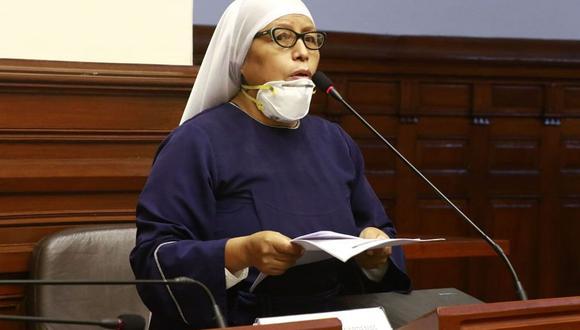 María Teresa Céspedes señaló que la posición de su agrupación es firme en la lucha contra la corrupción. (Foto: Congreso)