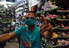 América Latina: ¿cuántas horas de trabajo se necesitan para comprar un par de zapatillas con el sueldo mínimo?