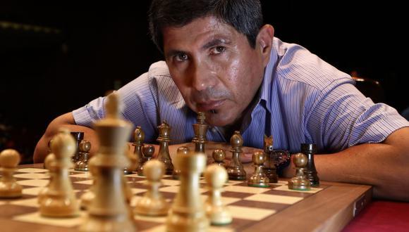 Granda es el primer Gran Maestro Internacional que tuvo el Perú, un estatus que obtuvo en 1986 a los 18 años. Actualmente vive en Salamanca (España). (Foto: Alessandro Currarino/ El Comercio)