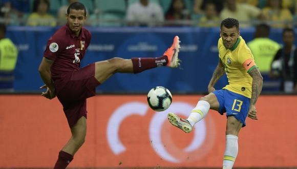 El VAR fue protagonista del empate 0-0 entre Venezuela y Brasil en la segunda jornada del Grupo A de la Copa América 2019, en el estadio Arena Fonte Nova, donde se anularon goles para la 'Canarinha'. (Foto: AFP)