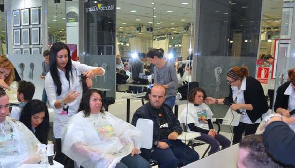 El rubro de peluquerías y barberías está compuesto por alrededor de 50 mil establecimientos que prestan estos servicios en el país, entre grandes cadenas, empresa medianas y negocios pequeños. Aunque existe un alto nivel de informalidad, se calcula que generan ventas por S/500 millones al año.