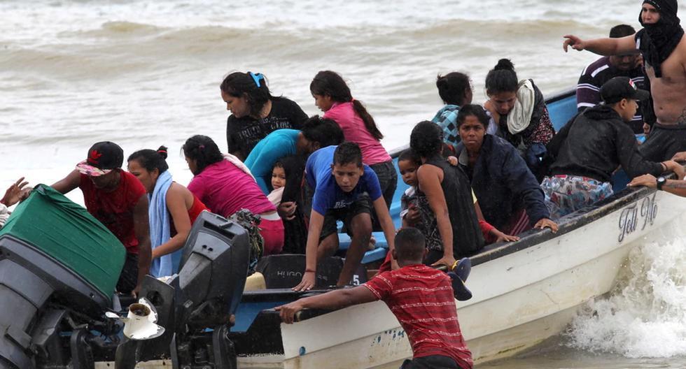 Veinte personas han muerto durante el naufragio anunciado el domingo en Trinidad y Tobago, destino que más de 20 mil venezolanos han elegido para migrar desde 2015. (Fuente: Reuters)