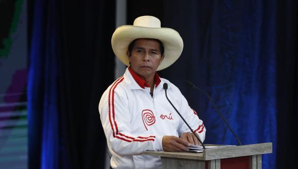 El candidato presidencial de Perú Libre, Pedro Castillo, durante su participación en el debate organizado por el JNE en Arequipa   Foto: Hugo Pérez / @photo.gec