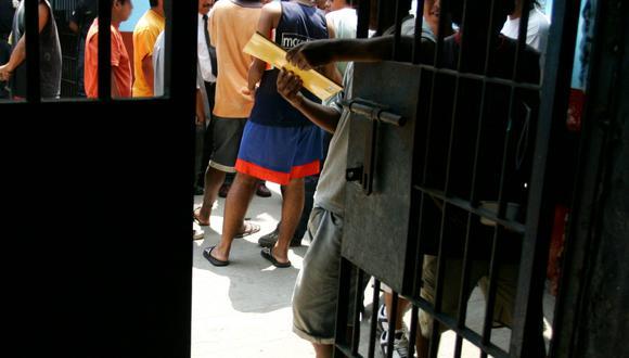 El incremento de la población venezolana en las cárceles se da en solo un año. Fueron detenidos por robos y tráfico de drogas (Foto: Archivo El Comercio)