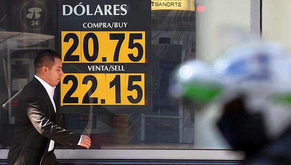 El tipo de cambio reportaba una subida de 0.51% en México este lunes. (Foto: Reuters)