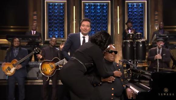 YouTube: Stevie Wonder le cantó a Michelle Obama