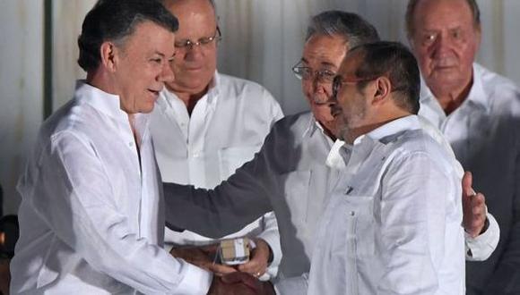 Santos y Timochenko estarían nominados para el Nobel de la Paz
