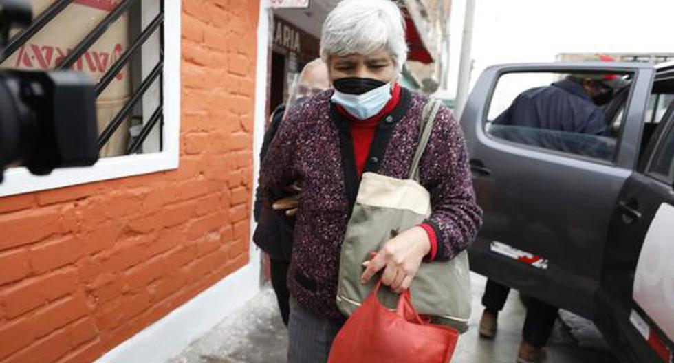 Alias 'Bertha' solicitó formalmente a Fiscalía del Callao la entrega del cuerpo del cabecilla terrorista. Ella es sindicada por la CVR como responsable del asesinato del coronel PNP Manuel Tumba Ortega en 1992, como acto de venganza por la captura de Guzmán.