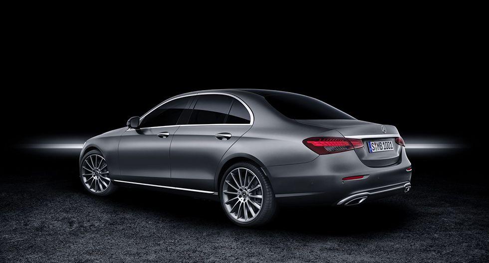 El Mercedes-Benz Clase E llegará con una nueva generación de volantes con múltiples funciones táctiles. (Fotos: Mercedes-Benz).