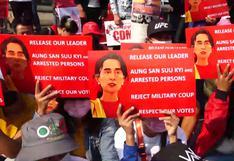 Dos muertos y 30 heridos en represión policial de manifestaciones en Birmania