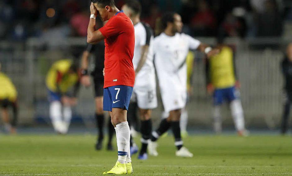 Los simpatizantes del Manchester United reaccionaron con fastidio al gol que marcó Alexis Sánchez en la derrota 2-3 de Chile a manos de Costa Rica, por el penúltimo amistoso del año. (Foto: AFP)