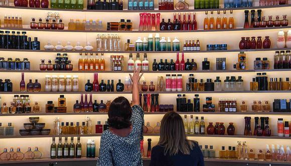 Mincetur estima que 1,000 empresas podrán ahorrar tiempo y dinero gracias a trámites de forma virtual para importar o exportar productos cosméticos. (Foto: AFP)